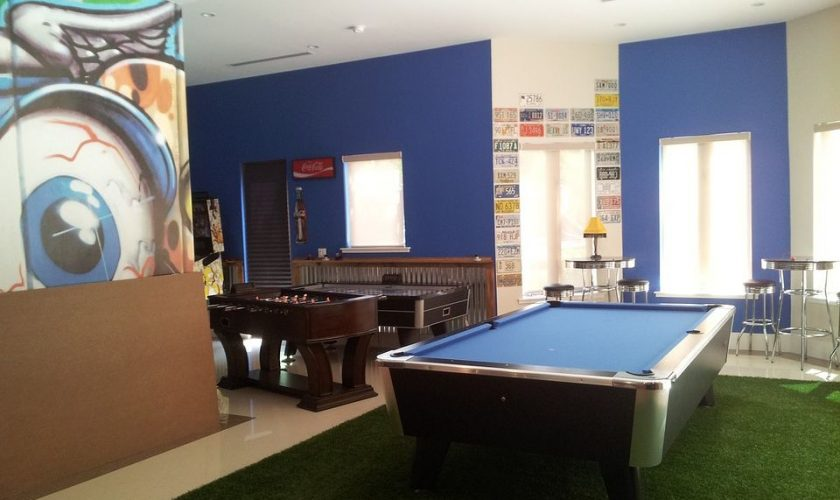 how to set up the perfect man cave